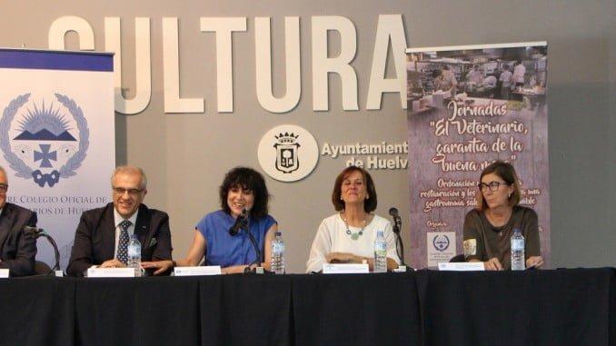 Jornada inaugural de la Jornada del Colegio de Veterinarios.