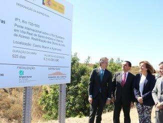 Cartel indicativo de las mejoras del Puente Ayamonte-Portugal