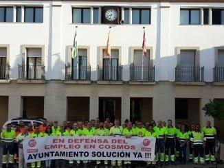 Los trabajadores de Cementos Cosmos se concentrarán el viernes ante la Diputación Provincial