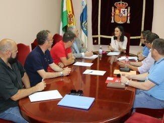 Asunción Grávalos, se ha reunido esta mañana con miembros de la Junta de Personal, representante de los empleados públicos de la provincia