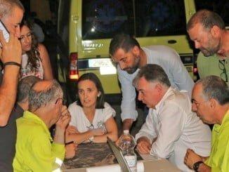 En el Puesto de Mando Avanzado estaba el alcalde de Moguer, la subdelegada del Gobierno y el delegado de la Junta de Andalucía, quien coordinaba todas las actuaciones.