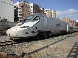 Durante el verano, saldrán tres trenes de Huelva los domingos: a las 10.25, 16.20 y 17.50 horas