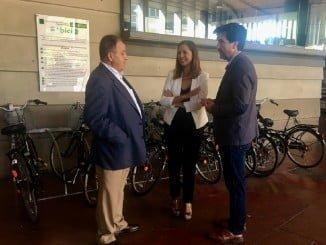 Bejarano y Gaviño han presentado el nuevo servicio del Consorcio de Transporte de cara al verano