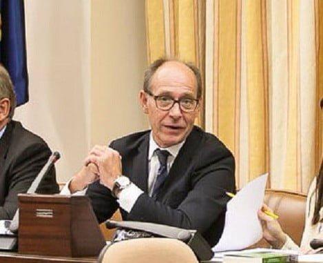 El diputado socialista Díaz Trillo en el Congreso