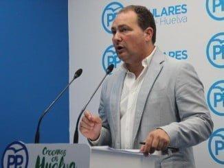 """David Toscano critica a la Junta por """"deslealtad institucional"""" con el Ayuntamiento de Calañas"""