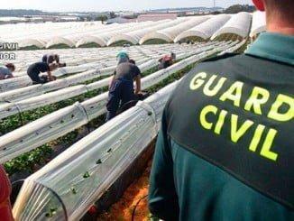 La Guardia Civil trabaja para garantizar la seguridad en un sector clave de la economía onubense