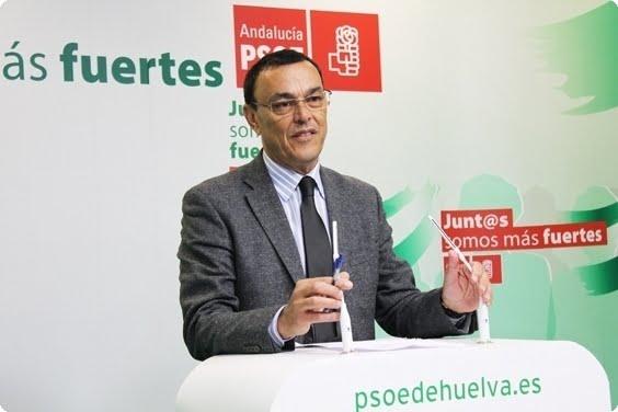 Caraballo anuncia que se presenta de nuevo a ocupar la Secretaría General del PSOE en la provincia