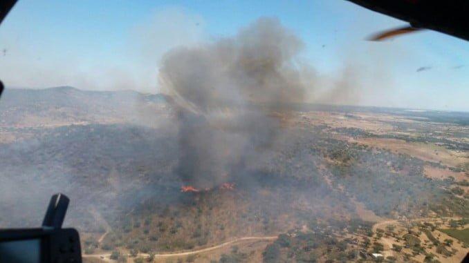Vista aérea del incendio en El Almendro