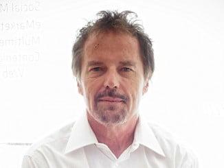 Jan Tesarik, ginecólogo y científico que realizó con éxito su primera FIV en 1982 en Chequia, dos años antes que en España