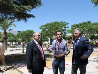 El delegado del Gobierno visita las obras del Pfea en Bollullos