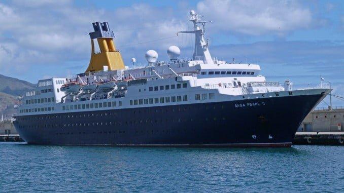 El buque de cruceros Saga Pearl II arriba este viernes en el Puerto de Huelva