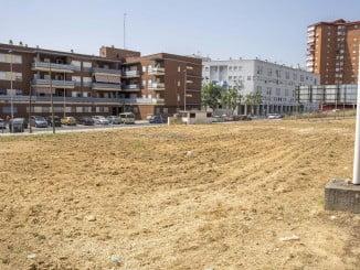 La limpieza de los terrenos de titularidad pública se refuerza estos meses