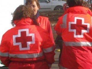 Voluntarios de Cruz Roja en la Romería del Rocío