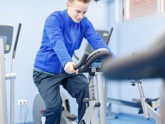 Con una hora de deporte al día se acabaría con la obesidad infantil y se adquirirían buenos hábitos