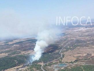 Imagen aérea del incendio originado en Ayamonte este lunes