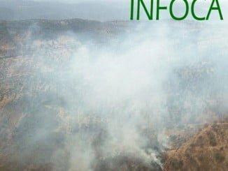 Vista aérea del incendio de Encinasola captada por el Infoca