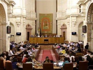 El pleno del Parlamento, en una de las votaciones de la jornada