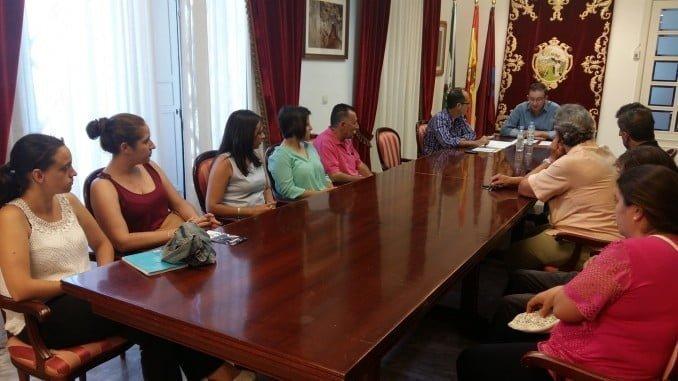 El alcalde de Aracena presenta el Plan Social de Empleo