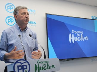 Carmelo Romero ha explicado en rueda de prensa como ha crecido el empleo desde que gobierna el PP