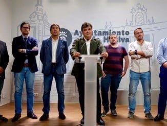 Aunque el contrato de cesión de gestión económica y deportiva ha sido firmado por el Consejo el propietario es el Ayuntamiento de Huelva.
