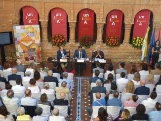 El Patio Múdejar del Monasterio de La Rábida acoge el acto de inauguración de los cursos de verano de la UNIA.