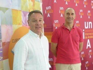 José Domínguez y Antonio Aledo participaron en la rueda de prensa  del curso de 'Responsabilidad social'.