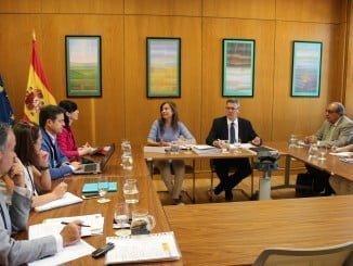 reunión en el Ministerio de Agricultura con la representante andaluza para abordar el Pacto Nacional del Agua