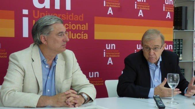 Fernando López y Miguel Ángel Ballesteros en la presentación de un curso de verano de la UNIA