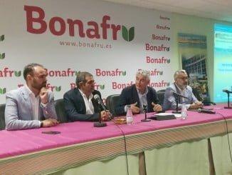 Inauguración de una jornada sobre el cultivo de la fresa en Bonafru