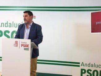 El secretario de Organización del PSOE de Huelva y parlamentario andaluz, Jesús Ferrera