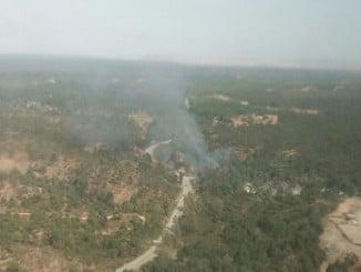 Vista aérea del incendio en Niebla facilitada por el Infoca