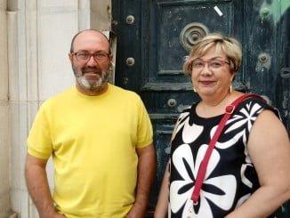 Pedro Jiménez y Mónica Rossi a las puertas del edificio del Banco de España