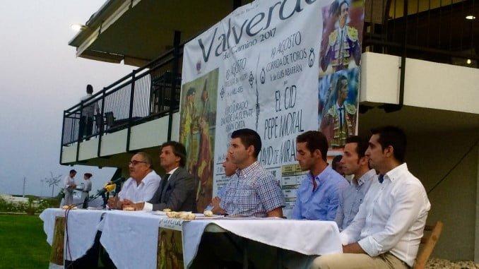 Presentación del cartel taurino en Valverde