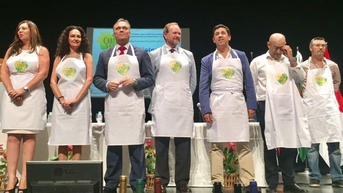 Los alcaldes de La Palma y Ayamonte y el presidente de la FOE en la presentación de 'Sabor Sur'
