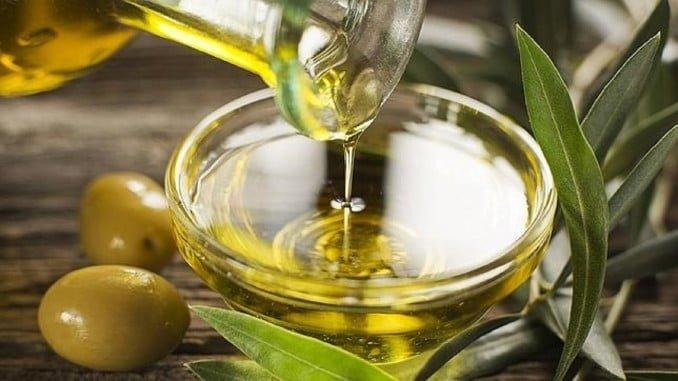 Entre enero y octubre de 2017, Andalucía ha exportado 2.564 millones de euros en aceite de oliva