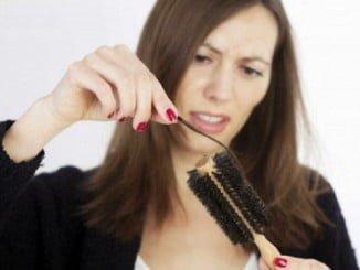 La pérdida de cabello muchas veces está ocasionada por el estrés