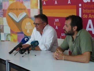 Germán Ortega, y Jordi Martí en la presentación de un curso de verano sobre el turismo gastronómico