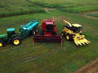 Las ayudas a maquinaria agrícola incluye tractores, sembradoras  y abonadoras, entre otras