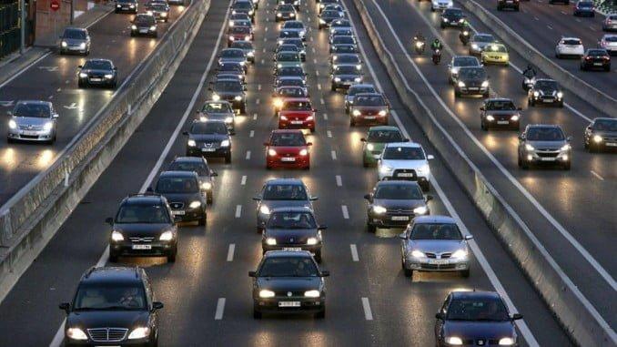 La DGT espera superar este año el récord de traslados por carretera