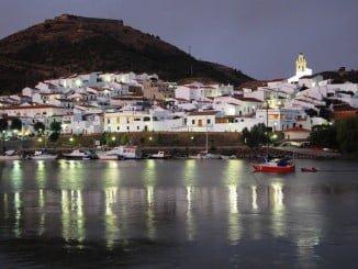 El río Guadiana a su paso por Sanlúcar del Guadiana (Huelva)