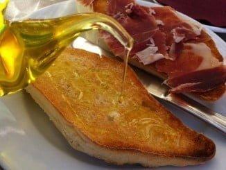 El jamón y el aceite, dos de los productos amparados por menciones de calidad
