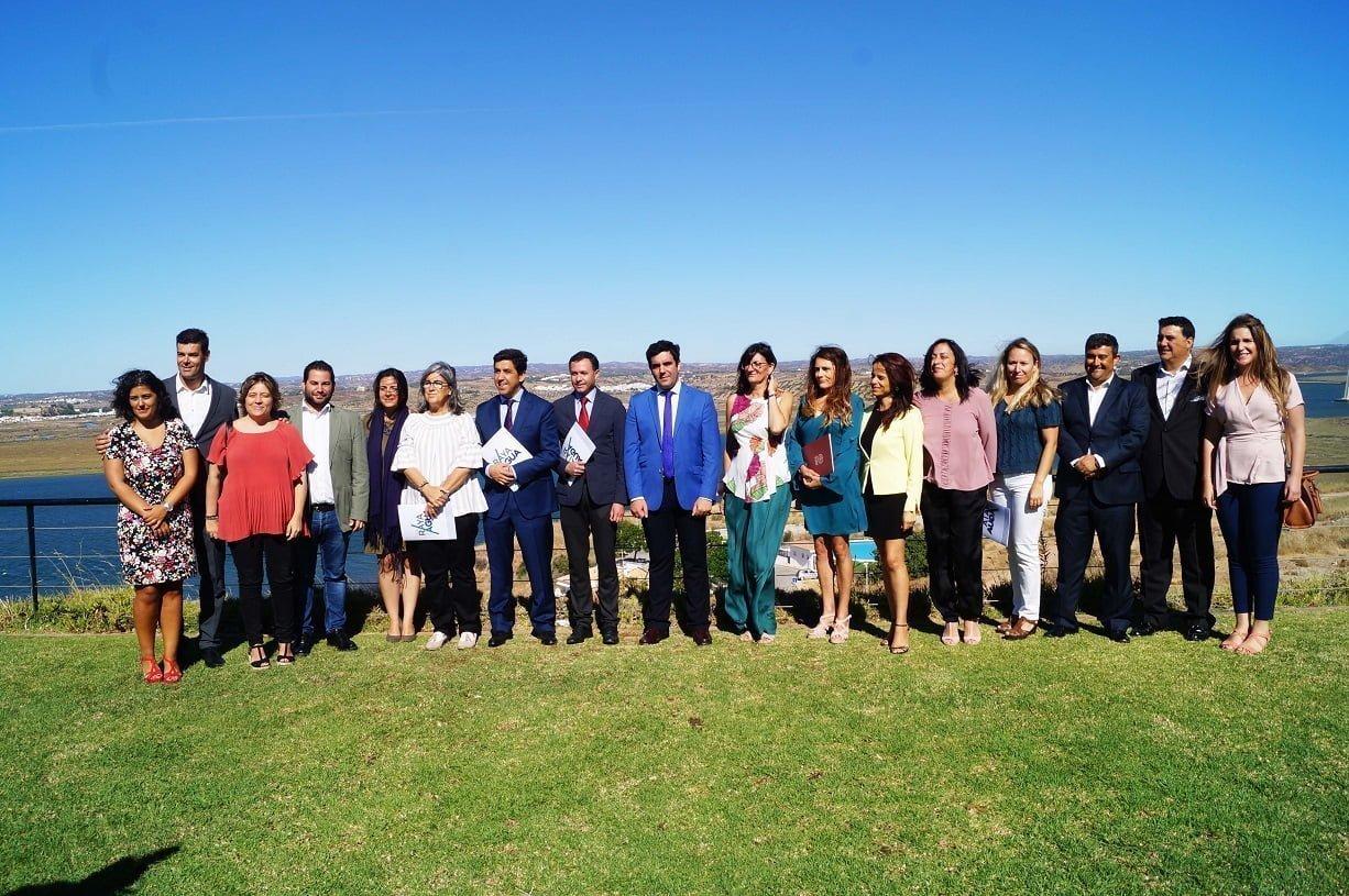 La rectora de la UHU con representantes municipales de Ayamonte, Sanlúcar, Cortegana, Castro Marim y Vila Real de Santo Antonio