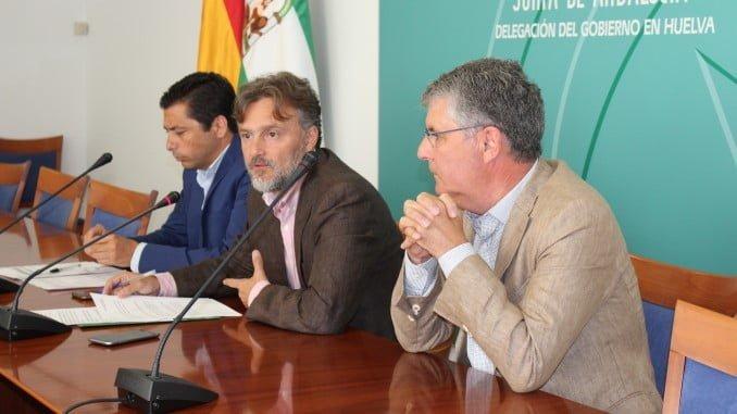 Fiscal, consejero de Medio Ambiente, informa en Huelva sobre las Puertas Verdes
