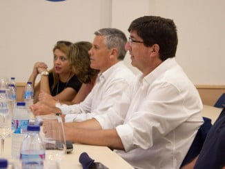 Juan Marín en una reunión con la Federación andaluza de Asociaciones Pesqueras