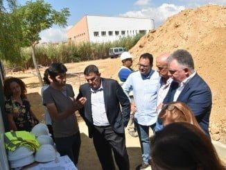 Los delegados del Gobierno, Educación y Agricultura supervisan las obras de un centro de Lepe