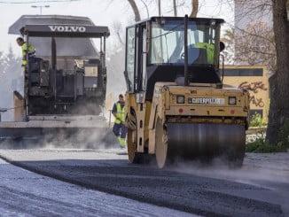 El Ayuntamiento iniciará en otoño el asfaltado de 44 calles de la capital