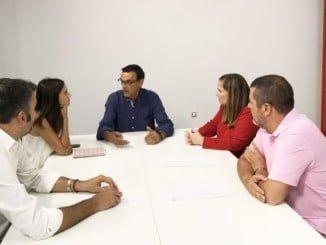 Caraballo junto a Elena Ruiz, María Márquez, Jesús Ferrera y Ángel Romero