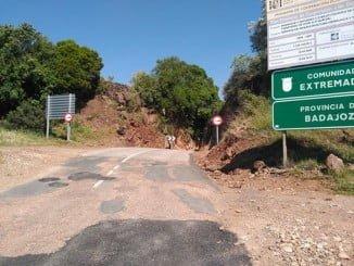 Estado que presenta la carretera que une Cañaveral con Fuentes de León (Badajoz)