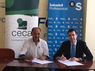 Antonio Gemio y Miguel Ángel Espinosa en la firma del convenio