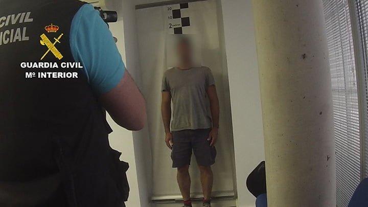 Imagen del detenido, acusado de un asesinato en Brasil